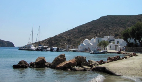 Sifnos - Vathy, good shelter, poor holding.